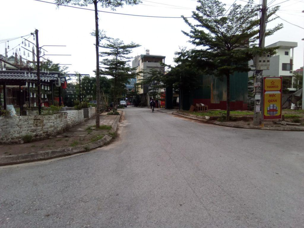 đường nội bộ khu đấu giá mồ tân